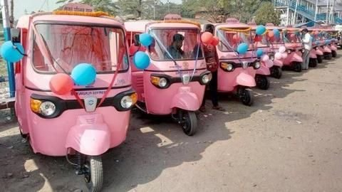 Women auto drivers get separate stand at Panvel