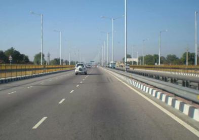 Highway widening work near JNPT to be completed in June : NHAI