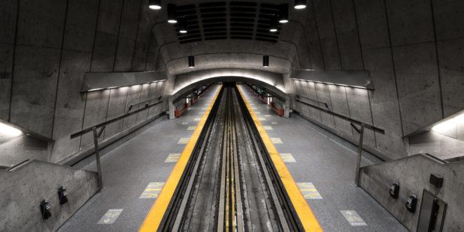 Underground Metro – 3 ready to go under Mithi Waters